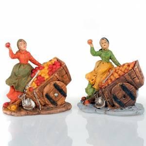 Nativity scene, apple seller figurine with cart s1
