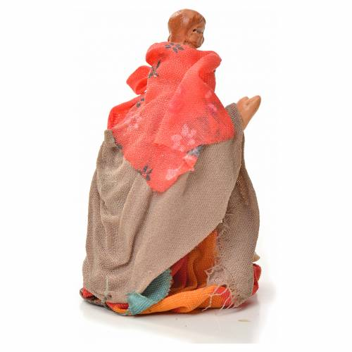 Neapolitan Nativity figurine, woman carrying child on shoulders s2