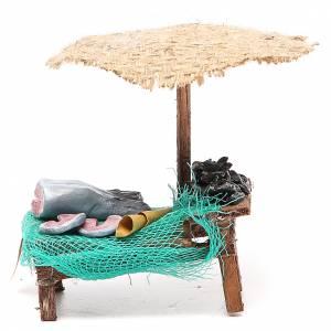 Negozio presepe con ombrello pesce cozze 12x10x12 cm s1