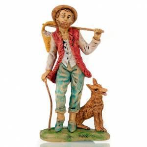 Figury do szopki: Pasterz z psem i koszem na ramieniu 18 cm