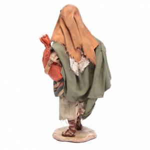 Pastore con sacchi 13 cm presepe Angela Tripi s3