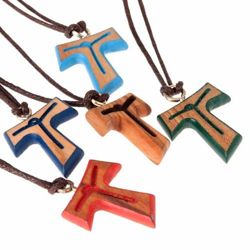 Pendant tau cross brown string s2