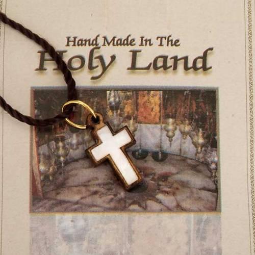Pendentif croix bois Terre sainte avec nacre s3