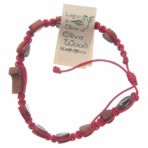 Pulsera Medjugorje cuerda roja corazones tau olivo s2
