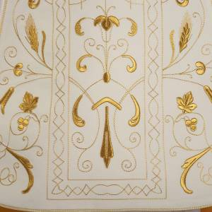 Dalmatik, Rauchmantel und Pluvial: Römische Kasel vergoldet