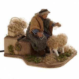 Szopka neapolitańska: Ruchoma szopka strzygący owce 14 cm