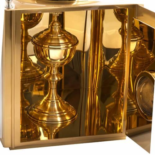 Sagrario de altar en latón con ventanas s7