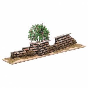 Staccionata in legno con albero di dimensioni 10x30x5 cm s2
