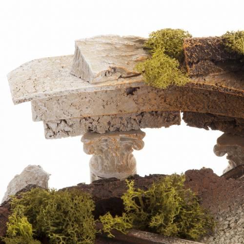 Temple romain avec colonnes et petite maison pour crèche s8