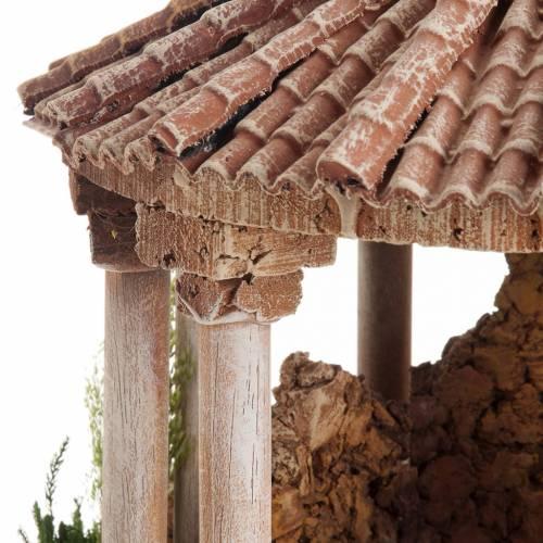 Temple romain avec toit rond milieu crèche Noel s6
