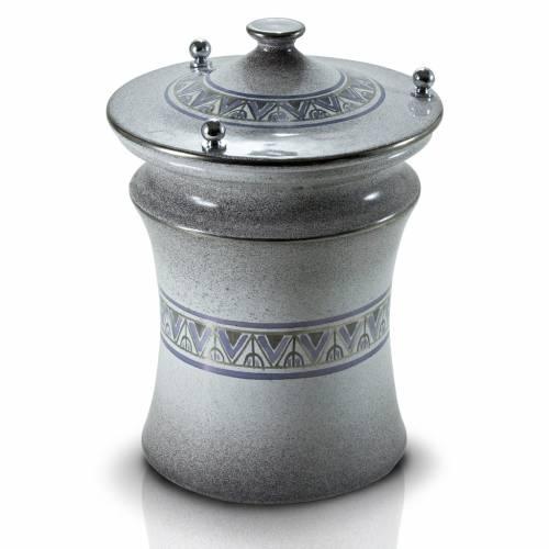 Urna cineraria ceramica pomelli ottone perla con platino s1