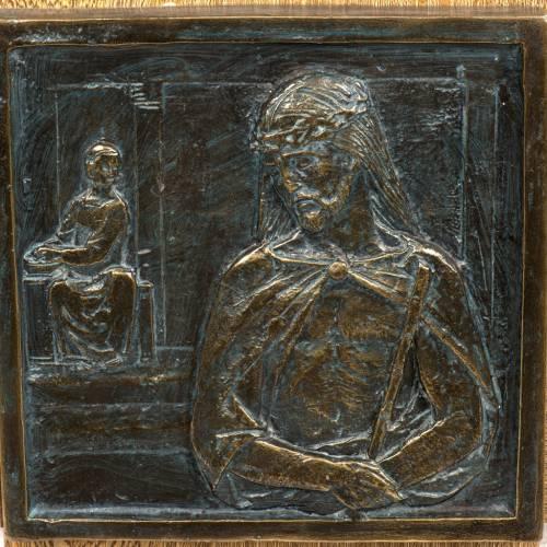 Vía Crucis 15 estaciones sobre cruz pasta de madera s2