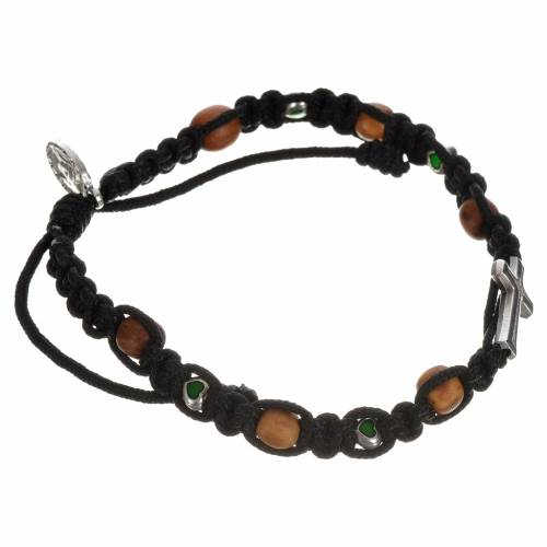 Bracelet with cross, hearts and olive wood grains s2