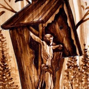 Cadre en bois, croix taillée Azur Loppiano s5