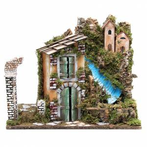 Casas, ambientaciones y tiendas: Caserío belén cm 36x45x30 con 10 luces a batería y cascada