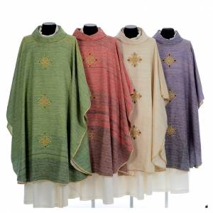 Chasubles: Chasuble embroidered with crosses