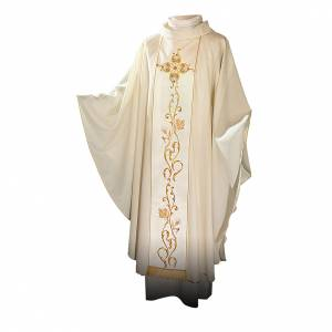 Chasubles: Chasuble in 100% wool and machine embroidered stole