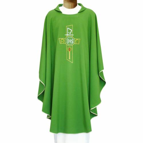 Chasuble in polyester with JHS, cross and Alpha & Omega desi s1
