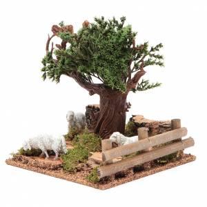 Chêne sur colline avec moutons 16x10x18 cm pour crèche s2