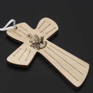 First Communion Albs: Cross first communion wood with chalice and host, 9,8x7,2cm.