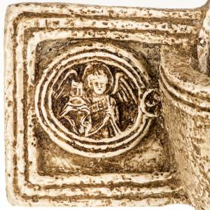 Cross-shaped stoup in stone, Bethléem s4