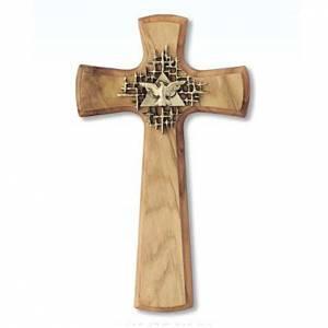 Cruz de madera olivo redondeada, Padre y Espíritu Santo s1