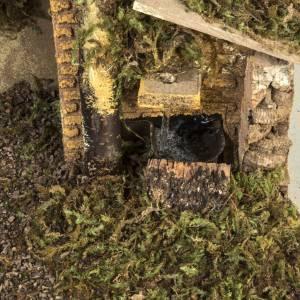 Etable crèche Noel feu et fontaine 30x50x24 cm s2