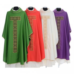 Chasubles: Liturgical chasuble with cross embroidery