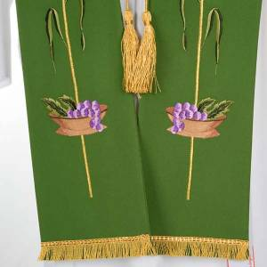 Liturgical stole with JHS, ear of wheat, grapes and host s6