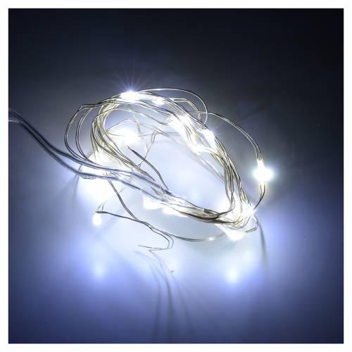 Luci Natale 20 led filo nudo bianco freddo per interno a batteri s2
