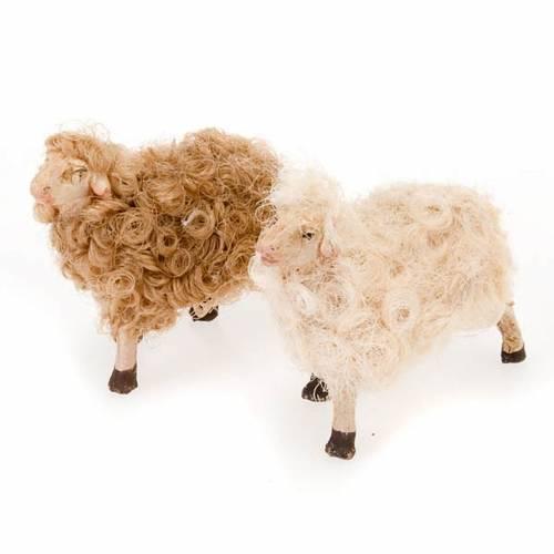 Mouton tète levée crèche 10 cm s1