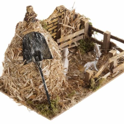 Nativity scene, sheepfold and sheaf of straw s2