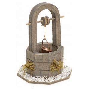Nativity setting, well in wood with bucket 12cm s2