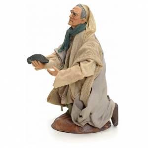 Neapolitan Nativity figurine, kneeling beggar, 18 cm s2