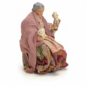 Neapolitan Nativity figurine, old lady with balls of thread, 8 c s2
