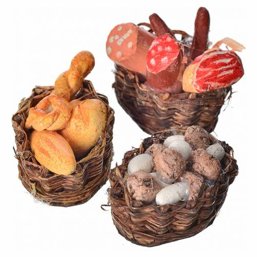 Neapolitan nativity setting, baskets with meat, bread and mushro s2