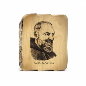 Padre Pio da Pietralcina sur bois d'olivier s1