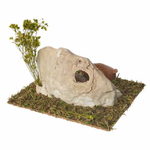 Pigsty in plaster with wooden base for nativities 10x16x13cm s3