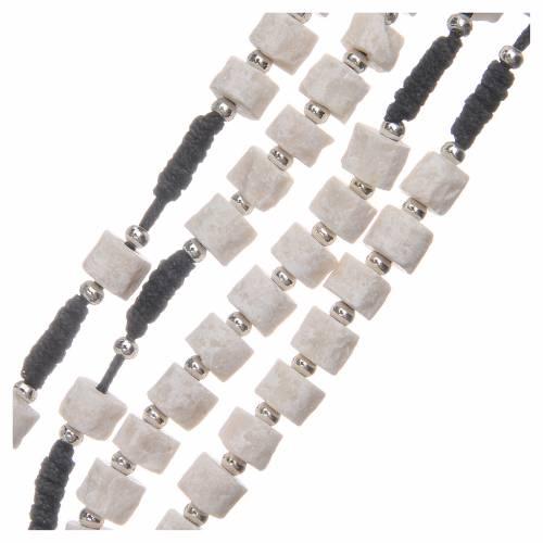 Rosario pietra bianca di Medjugorje con corda nera s3