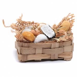 Neapolitan Nativity Scene: Straw basket with cheeses for DIY Neapolitan nativity scene