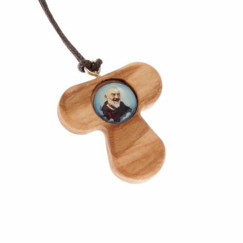 Tau pendant in olive wood with Padre Pio s1