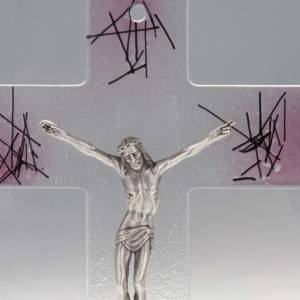 Modern crucifix in transparent glass with pink shades s2