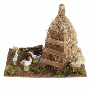 Nativity scene: sheaf of straw with poultry s1
