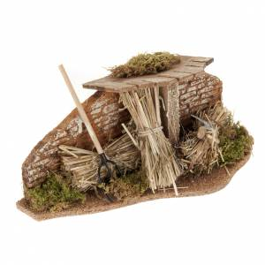 Miniature tools: Nativity set setting, fork with straw bundles and roof