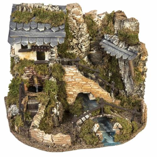 Nativity setting, village with fountain, stream and fence s1