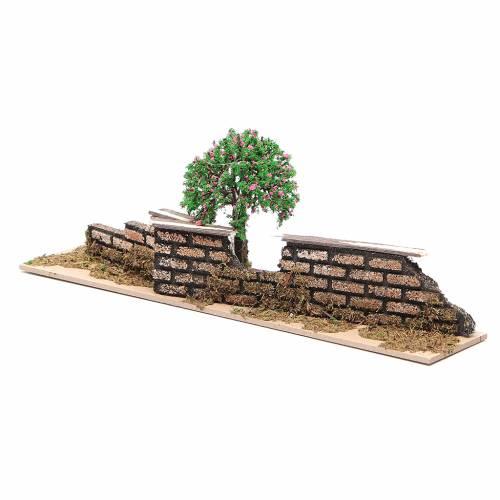 Staccionata in legno con albero di dimensioni 10x30x5 cm s3