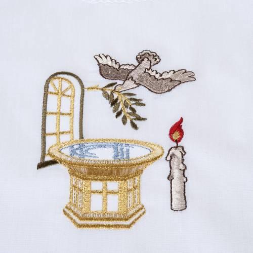 Traje de bautizo con pila bautismal s2