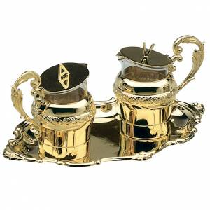 Water and wine cruets in golden brass, Molina s1
