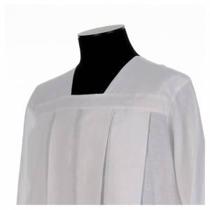 Albas litúrgicas: Alba para amito blanca 4 pliegues cuello cuadrado 100% lino