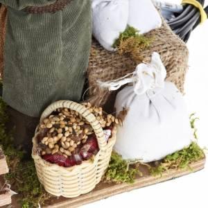 Animated Nativity scene figurine, man feeding pigs 14cm s3